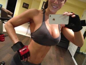 Brandie from Nebraska is looking for adult webcam chat