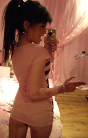 Kenyatta from Tennessee is looking for adult webcam chat